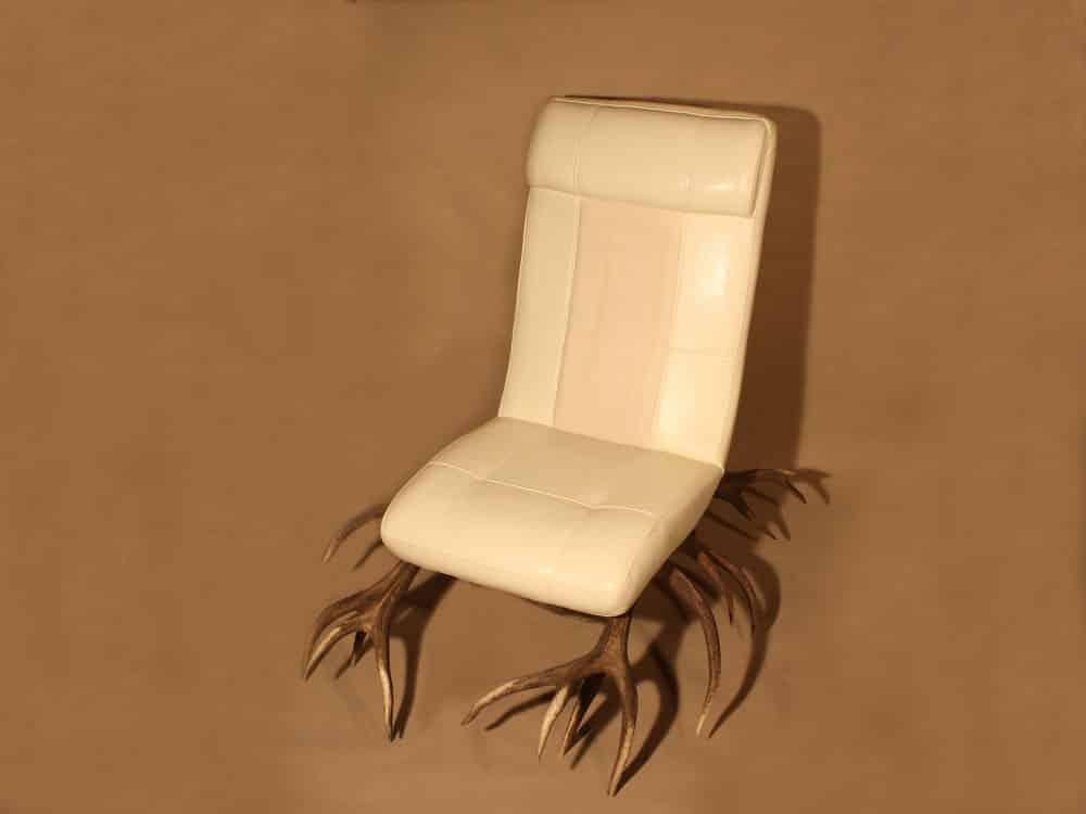 geweih sessel oh my deer hirschgeweih deko. Black Bedroom Furniture Sets. Home Design Ideas