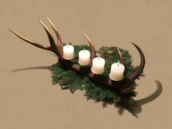 hirschgeweih adventskranz eine sehr innovative adventskranz idee. Black Bedroom Furniture Sets. Home Design Ideas
