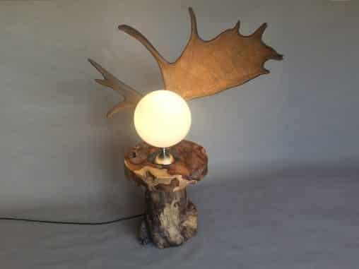 Elchgeweih Stehlampe