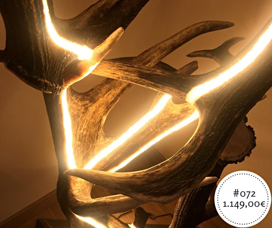 design stehlampe aus geweih und indirekter led beleuchtung von oh my deer. Black Bedroom Furniture Sets. Home Design Ideas